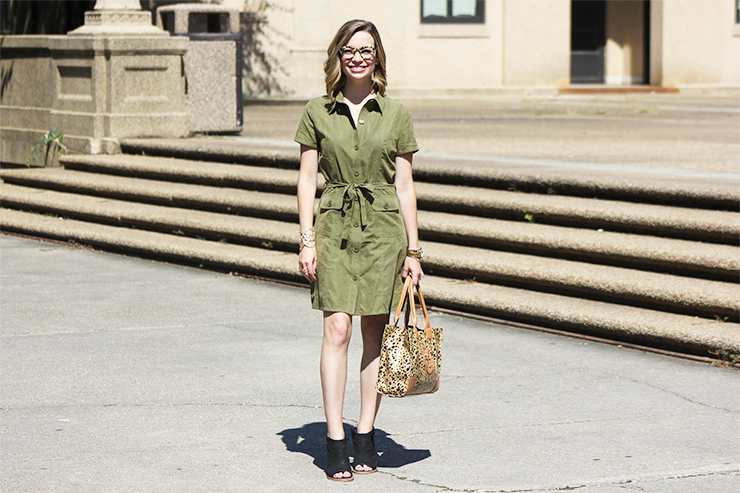 Dressed in 60 Seconds: The Shirtdress