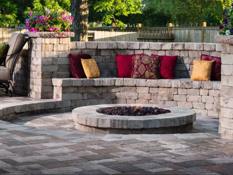 get the best walkway and patio pavers