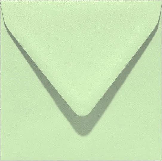 Licht groen envelop
