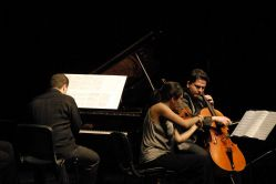 2010-01-31-CKM-Istanbul Trio Concert-10