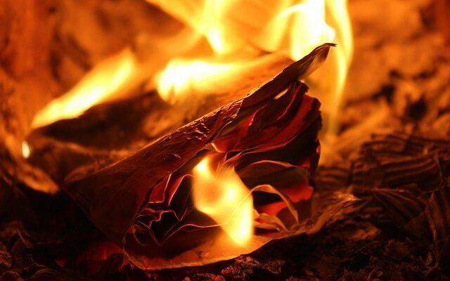flames-3250789_640