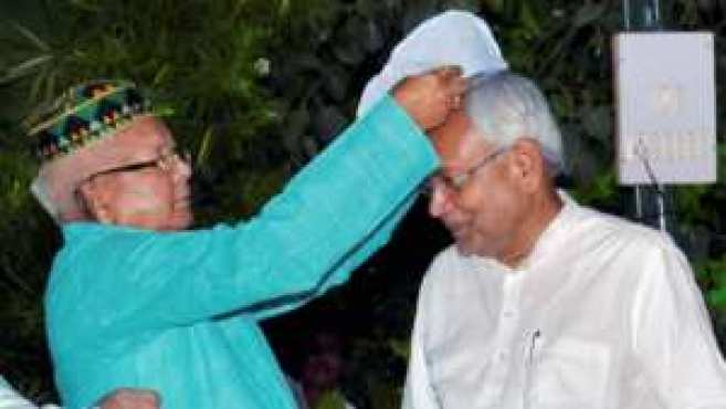 Is Nitish Kumar waiting for the bad day of Lalu Prasad Yadav? 3