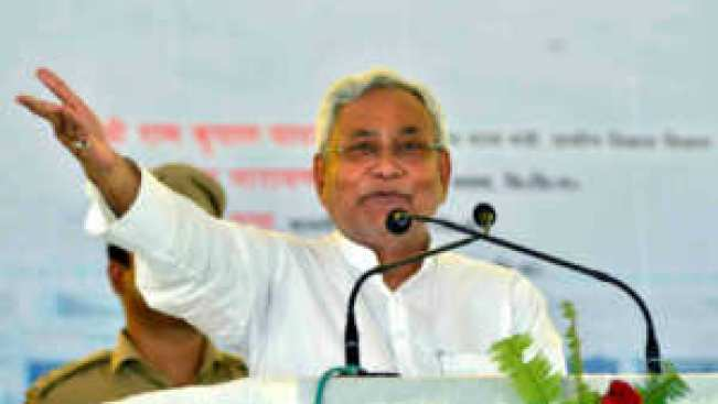 Is Nitish Kumar waiting for the bad day of Lalu Prasad Yadav? 1