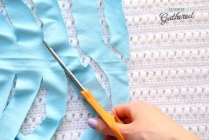 cutting yarn for a t-shirt