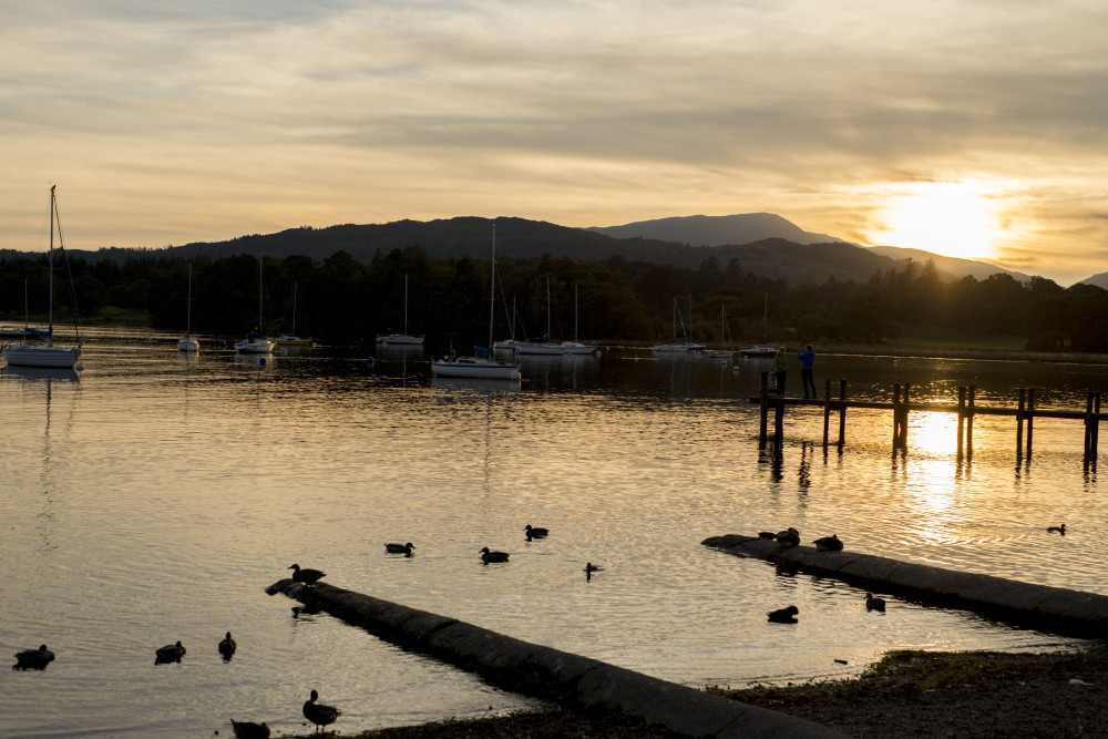 lake windermere sunset ambleside wateredge