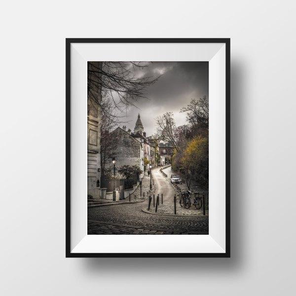 Photo de Paris Montmartre Rue de l'abreuvoir Sacré Coeur en Couleur
