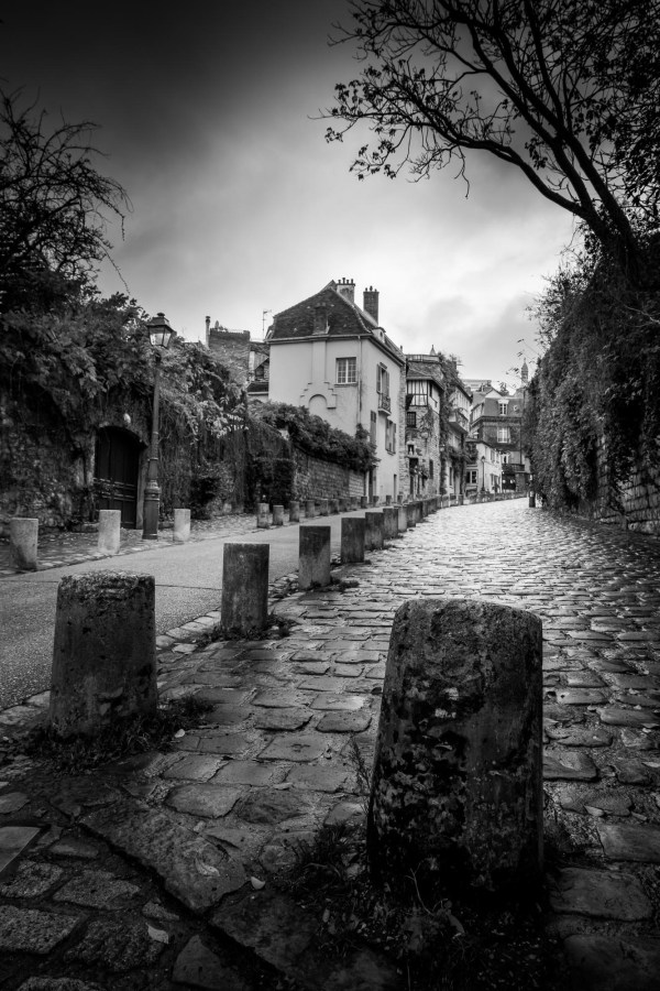 Photo Paris Montmartre – La Rue de l'Abreuvoir