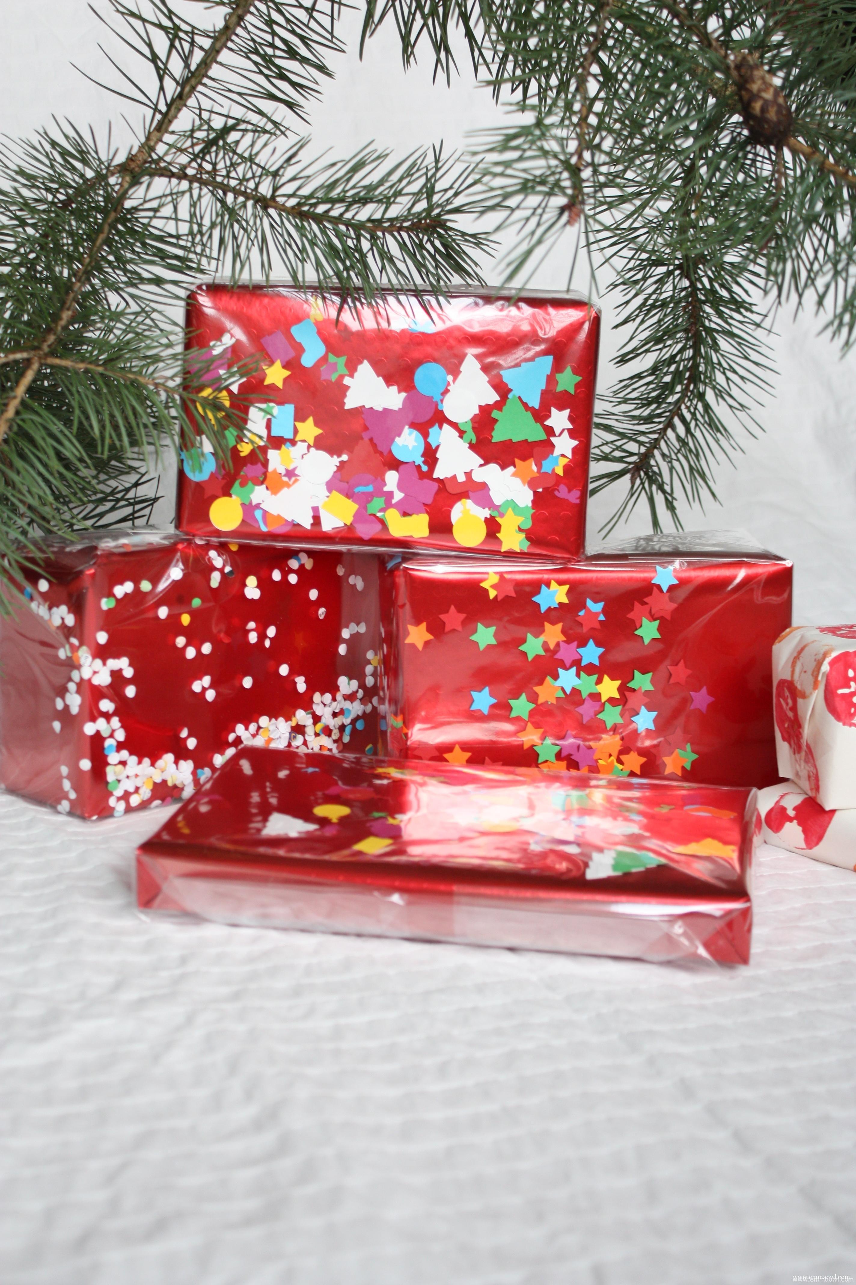 DIY Confetti Christmas Gift Wrap