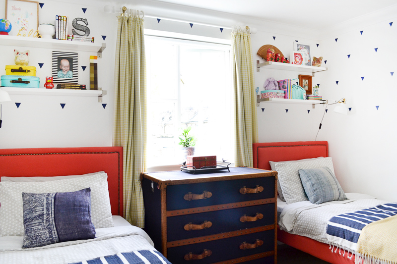 DIY upholstered beds in kids room