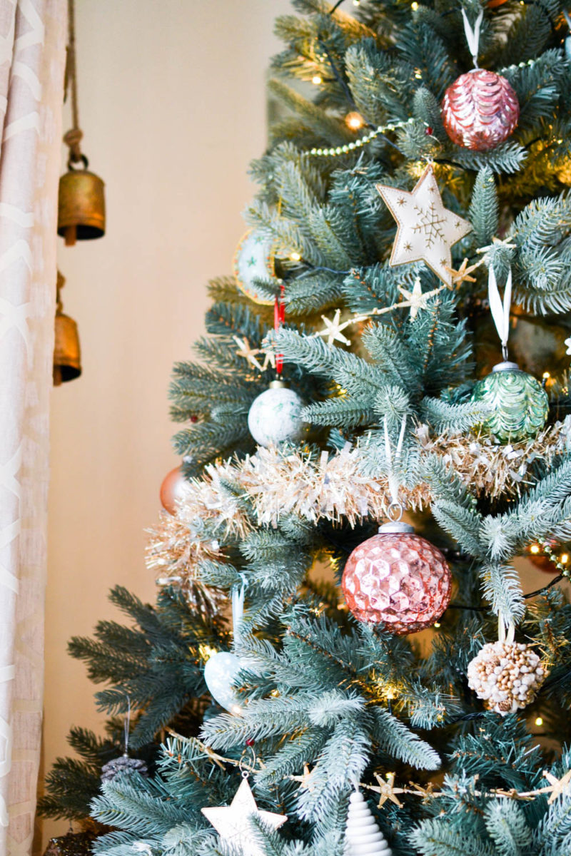 Simple Christmas Decorating: Pink Gold Mint Christmas Tree