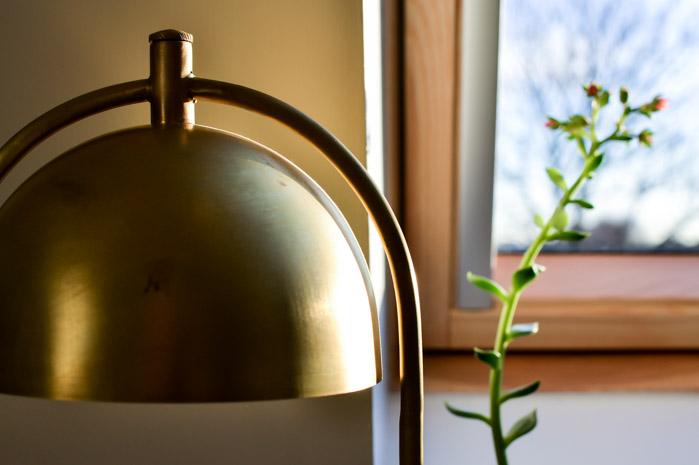 Frontal Factory Concrete Desk Lamp-2