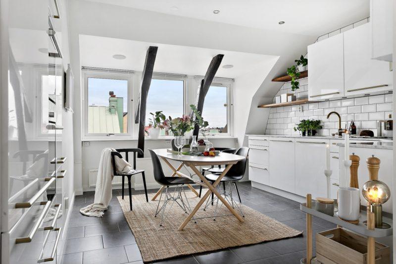 Neutral Scandinavian Apartment Stockholm Eat-In Kitchen