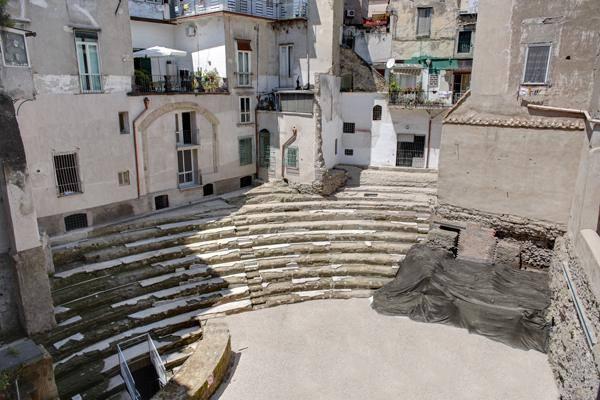 Napoli Sotterranea Teatro Greco Romano
