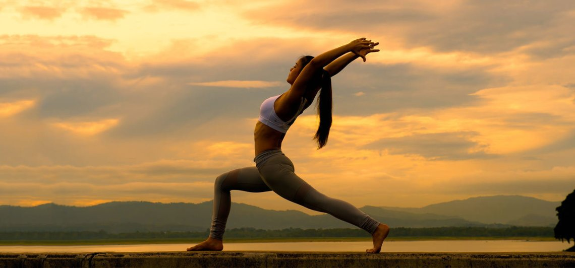 24-Best-Yoga-Poses-To-Lose-Weight-Quickly-And-Easily