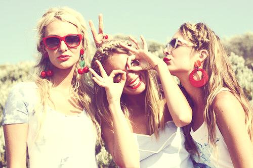 friends-friends-girls-funny-girl-girls-Favim.com-185666