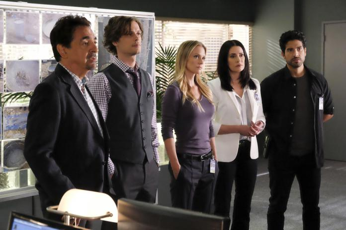 """""""Taboo"""" -- The BAU welcomes back Emily Prentiss (Paget Brewster) as they are called upon to investigate the disappearance of three women, on CRIMINAL MINDS, Wednesday, Oct. 12 (9:00-10:00 PM, ET/PT), on the CBS Television Network. Sherilyn Fenn guest stars as Gloria Barker. Pictured: Joe Mantegna (David Rossi), Matthew Gray Gubler (Dr. Spencer Reid), A.J. Cook (Jennifer """"JJ"""" Jareau), Paget Brewster (Emily Prentiss), Adam Rodriguez (Luke Alvez) Photo: Darren Michaels/CBS ©2016 CBS Broadcasting, Inc. All Rights Reserved"""