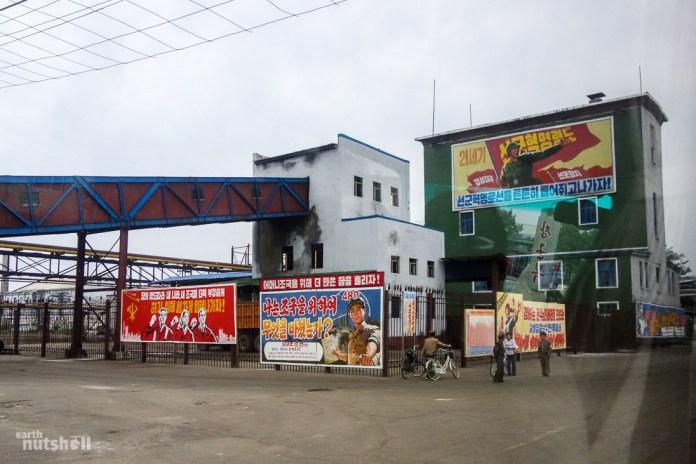 106-hungnam-factory-manual-labor