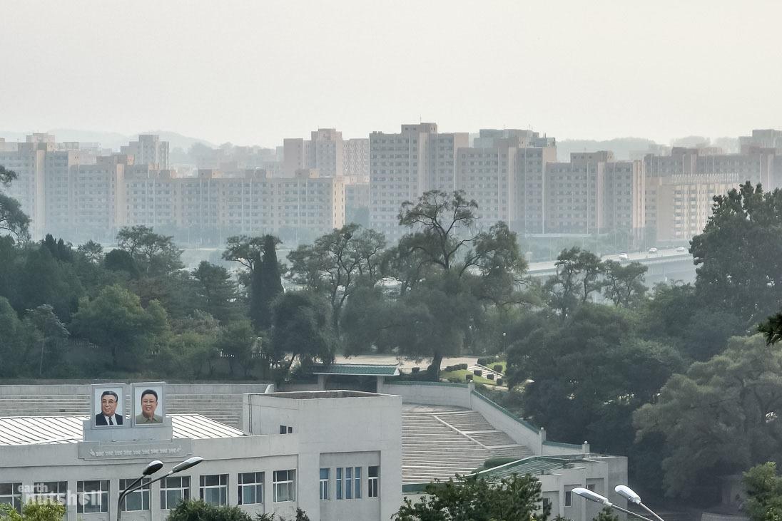 111-pyongyang-desolate-buildings