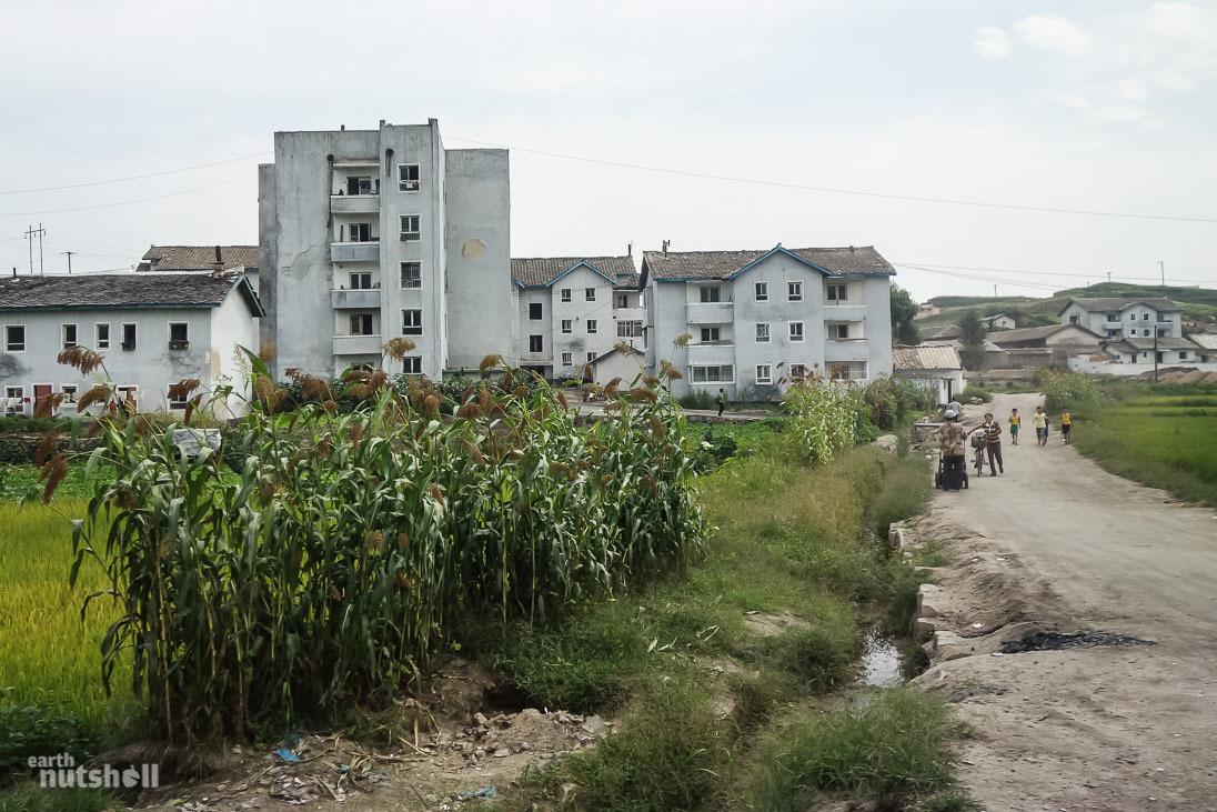 4-kaesong-countryside