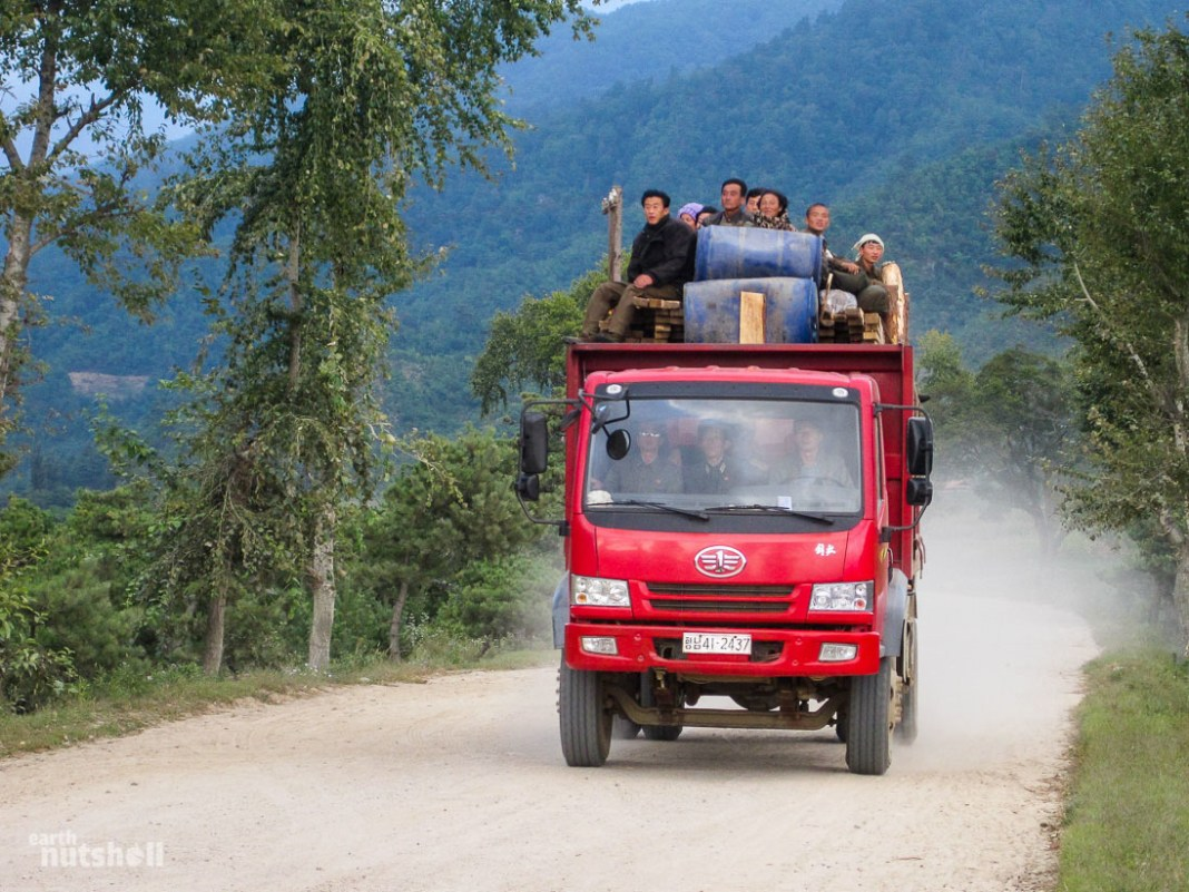 70-hamhung-countryside-truck
