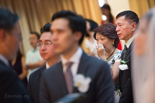 christian-wedding-malaysia-first-baptist-church-emotion