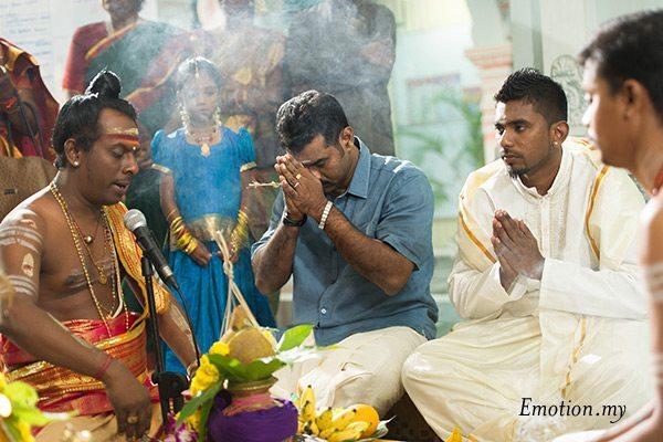 indian-hindu-wedding-malaysia-prayer