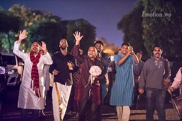 sangeet-arrival-of-groom-anand-annushia