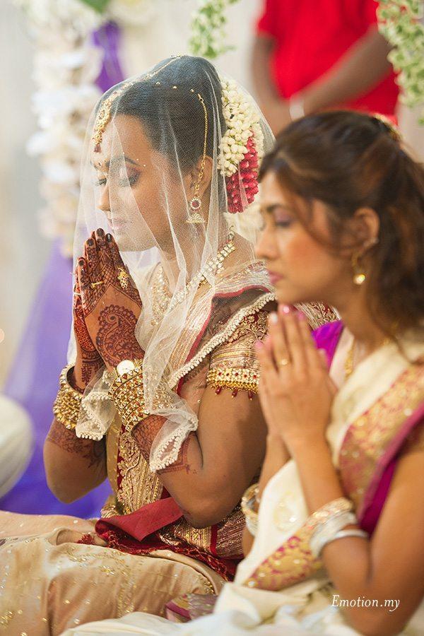 hindu-wedding-klang-malaysia-bride-ceremony-siva-rajes