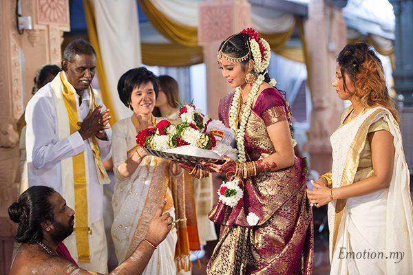 hindu-wedding-sri-sakthi-easwary-kuala-lumpur-saree