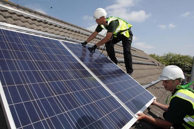 Instalace fotovoltaických panelů