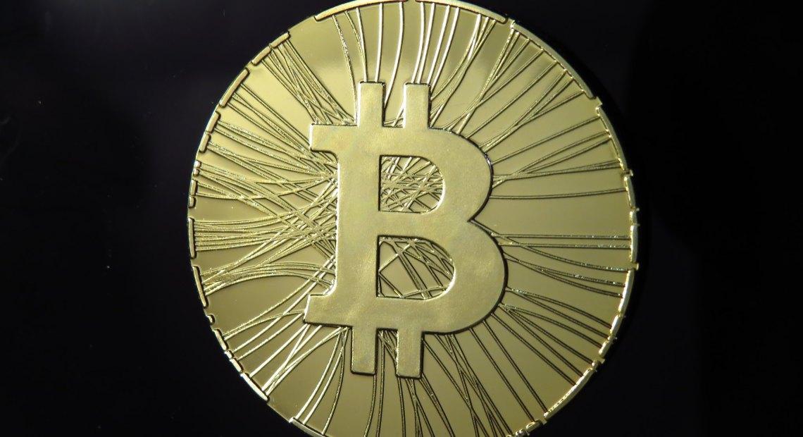 Bitcoin, iIlustrační fotografie (foto Antana)