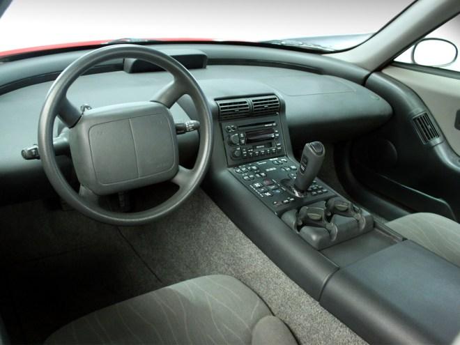 Stejně jako celé auto byl futuristický i interiér (foto GM)