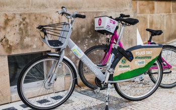 Sílená kola společností Nextbike a Rekola (foto ROPID)
