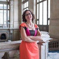 Torino: Luci d'Artista compie 20 anni. Un Museo all'aperto diventato il simbolo delle festività natalizie del capoluogo piemontese. Del profondo significato culturale ne parliamo con l'Assessore alla Cultura del Comune di Torino, Francesca Paola Leon