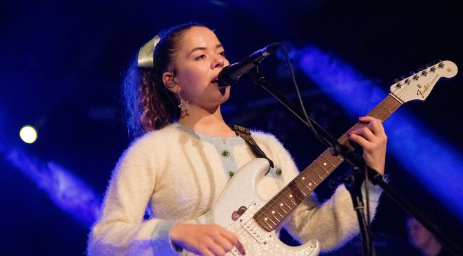 """""""Guitar is like a binding element"""": Nilufer Yanya on straddling genres and making the best of bad situations, Jazzmaster in hand"""