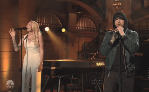 Who Sang On SNL With Eminem?