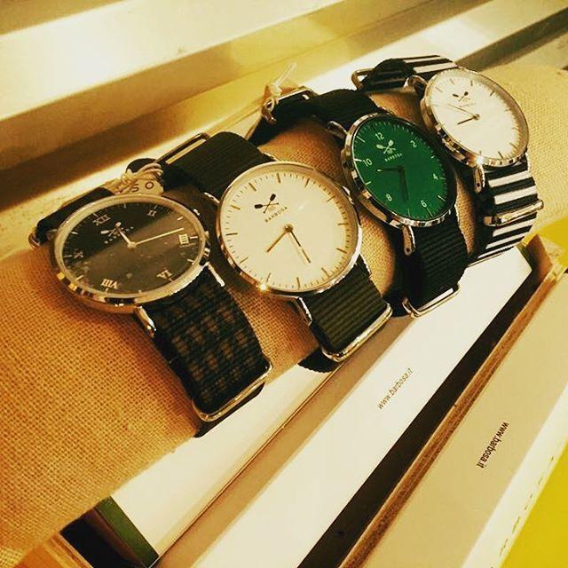 Eccoli!!!Finalmente sono tornati!!!OROLOGI BARBOSA!Quadranti e cinturini intercambiabili per un orologio dallo stile inconfondibile️Ne sono rimasti già pochissimi...Vi aspettiamo in store🏻️Da oggi ORARIO CONTINUATO#emporiobrand #drinkdresslive #conceptstore #orologi #barbosa #style #fashion #originali #gift #regalinatalizi #ladispoli #store #store
