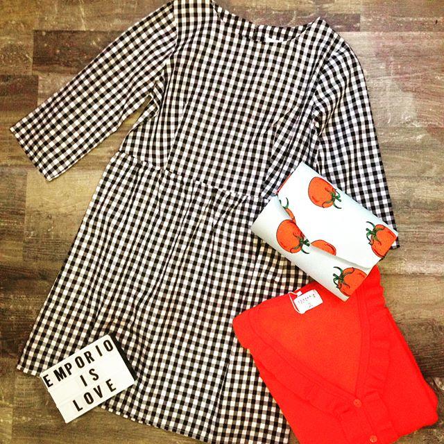 Buongiorno Girls️Da oggi si parte...F U O R I  T U T T O!Tutto al 50%.Super occasioni per essere sempre perfette e sopratutto originaliVieni a trovarci#emporioconceptstore #outfit #sale #shopping #abbigliamento #companiafantastica #look #fuoritutto #ladispoli