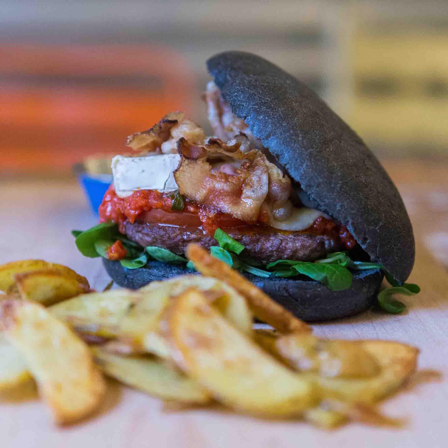 Emporio ladispoli Panini burger streetfood Pane nero 2