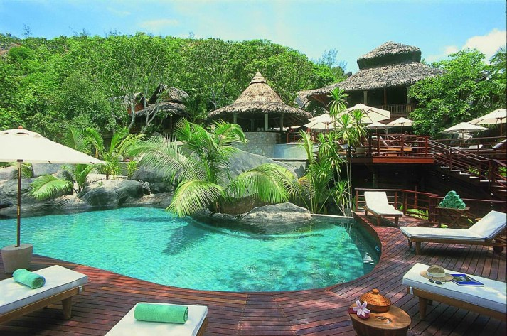 Constance Lemuria Seychelles- pure High-end and Maintained Nature
