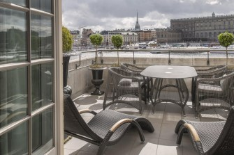Grand-hotel-Stockholm-Emporium-Magazine-terrass-suite