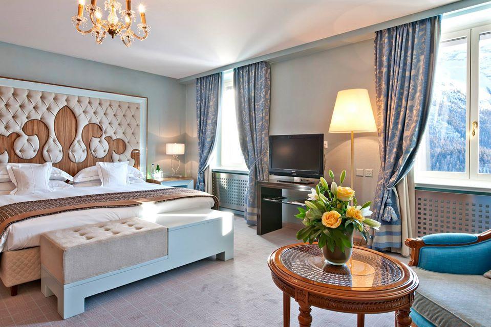 Luxury Carlton Hotel