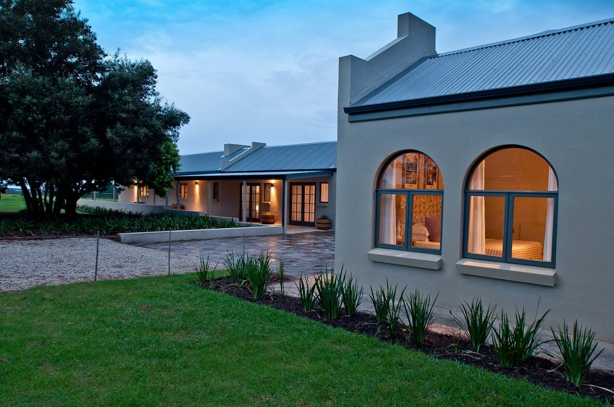 Rare Earth Country House Crags