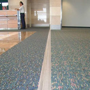 Expansion joint covers Migutrans FS 75 installed at Orlando Airport Southwest terminal.