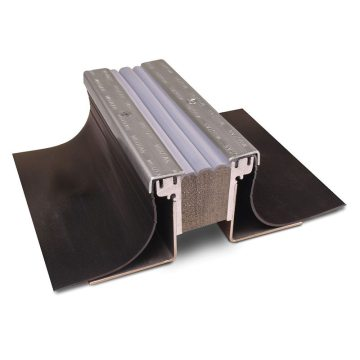 Plaza deck expansion joint system DSM-FP from EMSEAL