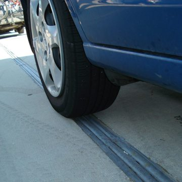 EMSEAL's DSM System handles deck-to-deck conditions subject normal car traffic.