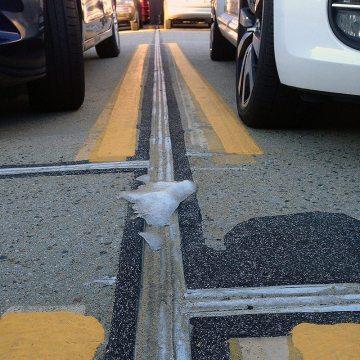 DSM System with grit ice Emcrete nosing on parking deck EMSEAL