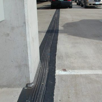 Dulles International Airport IAD parking expansion joints Thermaflex deck to column by EMSEAL