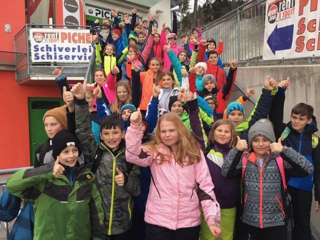Skitag der ersten Klassen in Mönichkirchen