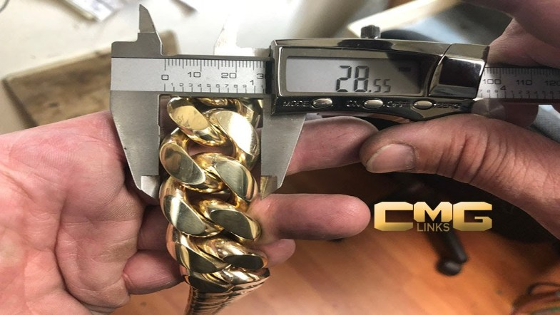 men gold chain 9 carat